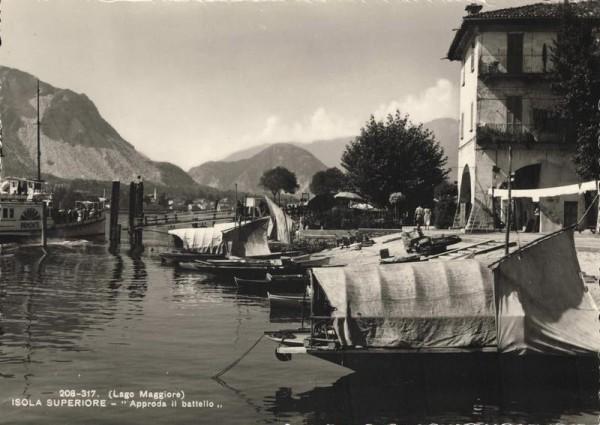 Lago Maggiore. Isola Superiore. Approda il battello Vorderseite