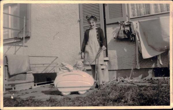 Im Kinderwagen, 1950 Vorderseite