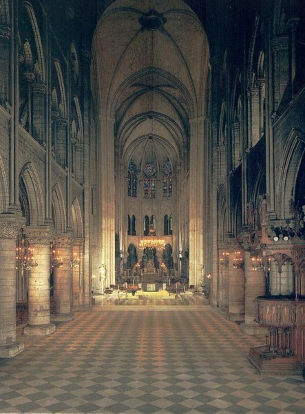 La Cathédrale Notre-Dame de Paris. La nef, construite de 1180 à 1220 Vorderseite
