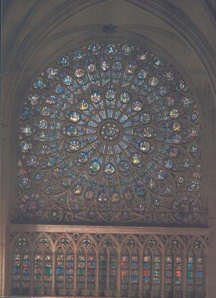 La Cathédrale Notre-Dame de Paris. Transept nord. La rosace date de 1268 Vorderseite