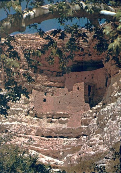 Montezuma Castle. National Monument. Camp Verde, Arizona Vorderseite