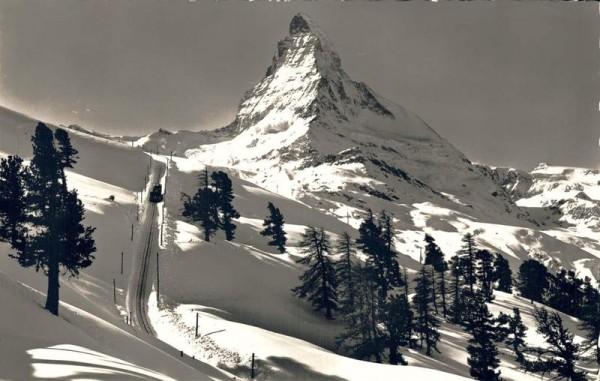 Zermatt, Gornergratbahn auf Riffelalp, Matterhorn Vorderseite