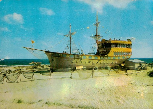 """Piratenschiff am Slantschew Brjag (""""Sonnenstrand"""" oder """"sonnige Küste"""") Vorderseite"""