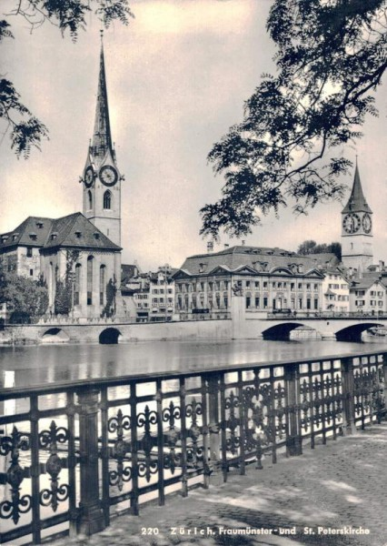 Zürich. Frauenmünster- und St. Peterskirche Vorderseite