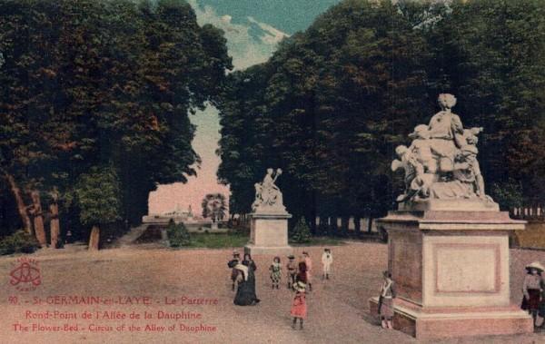 St. Germain en Laye, Le Parterre Rond-Point de l`Allée de la Dauphine  Vorderseite