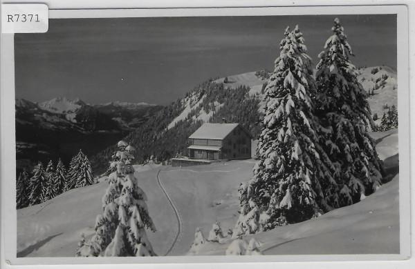 Utohaus auf der Ibergeregg im Winter en hiver