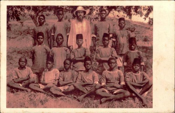 Mission der Schweizer Kapuziner in Afrika, Kwiro, Lateinschüler Vorderseite