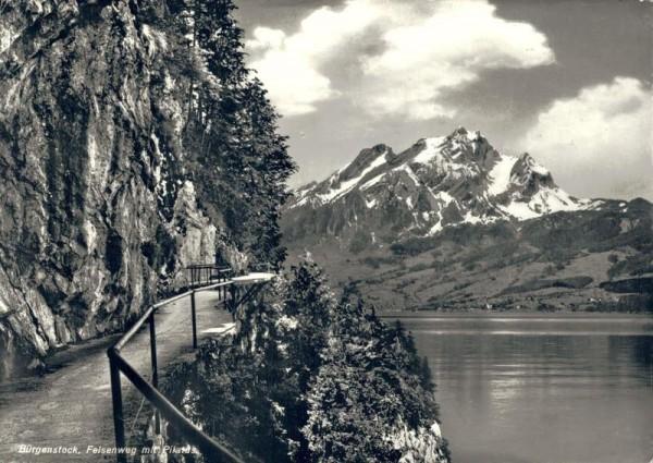 Bürgenstock. Felsenweg mit Pilatus Vorderseite