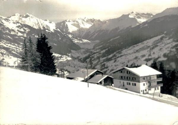 Erholungsheim Eben Ezer mit Blick ins obere Praettigau Vorderseite