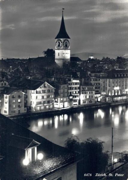 Zürich. St. Peter Vorderseite