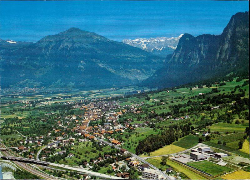 Zizers, Flugaufnahme mit dem Negativfilm   Graubünden