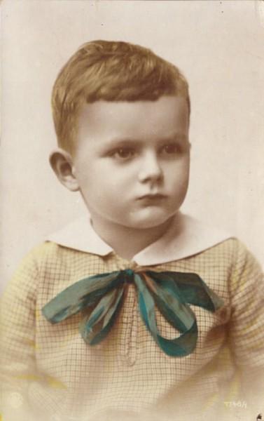 Portrait Knabe