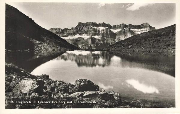 Engiseeli (Ängisee) im Glarner Freiberg mit Glärnisch Vorderseite