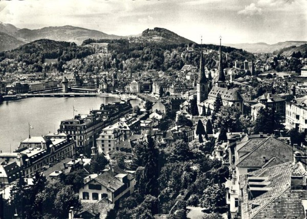 Luzern - Hofkirche mit Blick gegen Sonnenberg Vorderseite