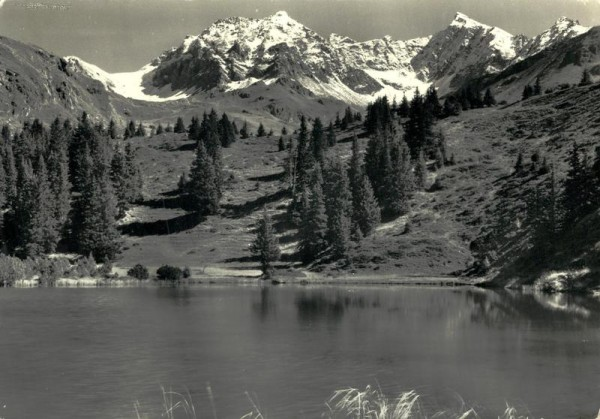 Schwarzsee mit Piz d'Err und Piz Calderas, Alp Flix ob Sur Vorderseite