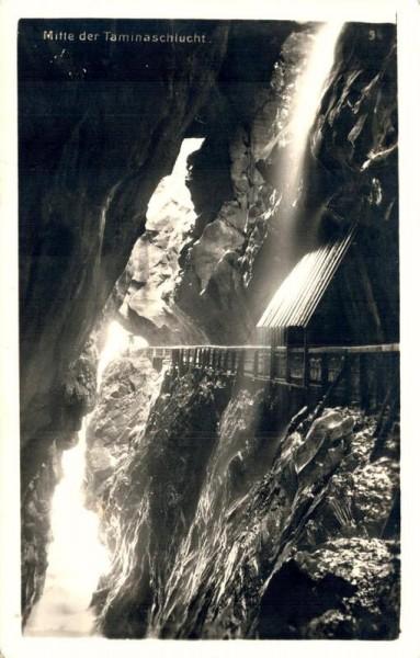 Mitte der Taminaschlucht. 1934 Vorderseite
