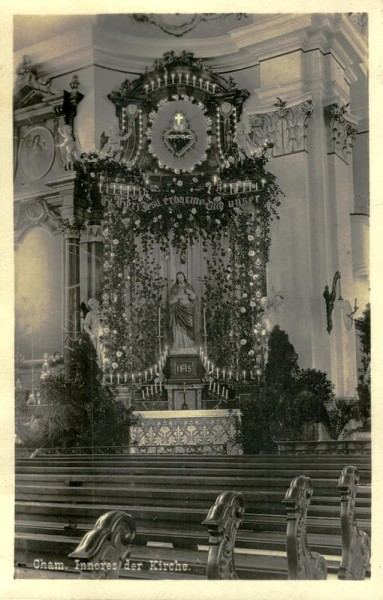 Inneres der kath. Kirche in Cham Vorderseite