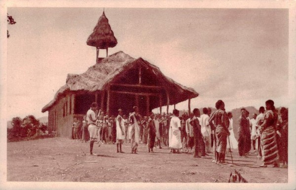 Mission der Schweizer-Kapuziner in Afrika. Ruaha. Notkirche und Wohnung Vorderseite