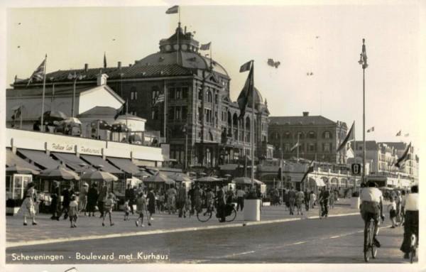 Scheveningen, Boulevard met Kurhaus Vorderseite