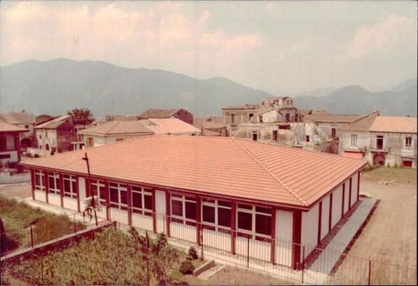 Misciano, Scuola 1982 Vorderseite