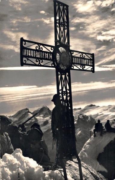 Zermatt. Das Gipfelkreuz auf dem Matterhorn, Rimpfischhorn u. Strahlhorn Vorderseite