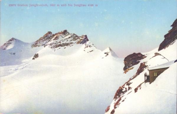 Station Jungfraujoch und die Jungfrau