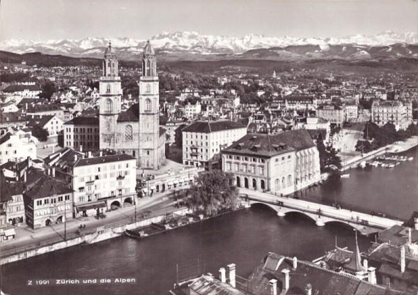 Zürich und die Alpen