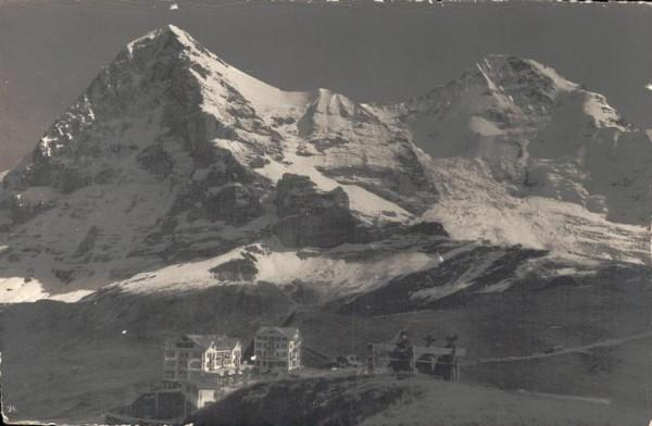 Kleine Scheidegg. Eiger und Mönch. Vorderseite