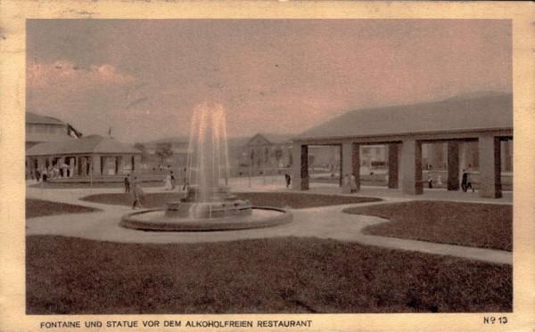 Schweizerische Landesausstellung BERN 1914. Statue und Fontaine vor dem alkoholfreien Restaurant Vorderseite
