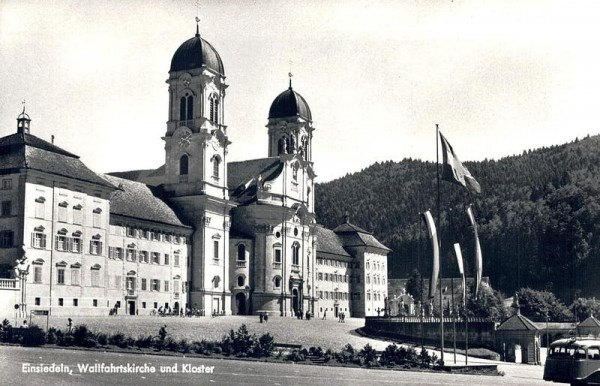 Einsiedeln, Wahlfahrtskirche und Kloster Vorderseite