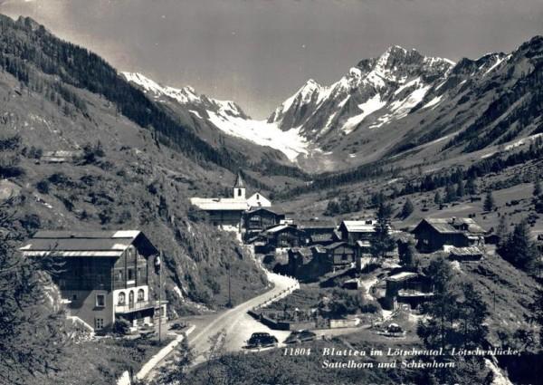 Blatten  im Lötschental. Lötschenlücke, Sattelhorn und Schienhorn Vorderseite