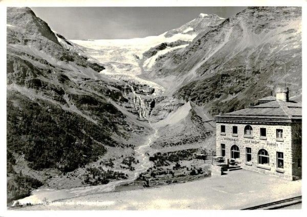 Alp-Grüm mit Palügletscher Vorderseite