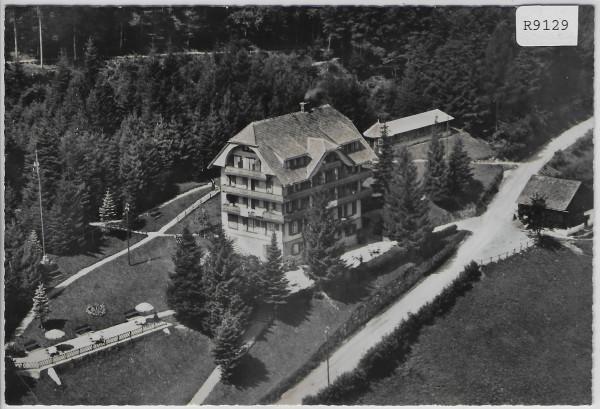 Kurhotel Waldheim ob Mels - Flugaufnahme - Flugbild O. Wyrsch