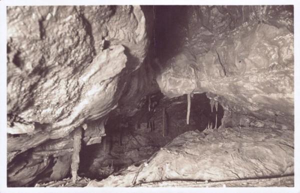 Beatushöhlen. Spiegel-Grotte